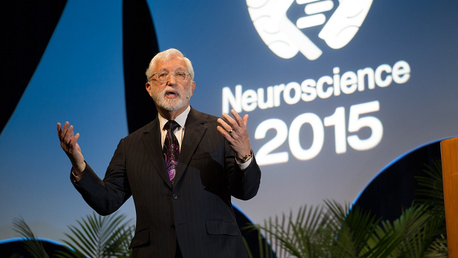 Image of U.S. District Court Judge Jed Rakoff giving the Dialogues Lecture at Neuroscience 2015 in Chicago, the annual meeting of the Society for Neuroscience.