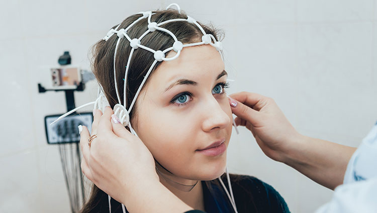 young woman getting an eeg