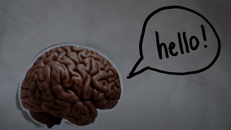 Brain with hello word bubble